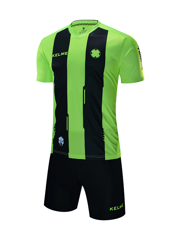 SHORT SLEEVE FOOTBALL SET | 3881018